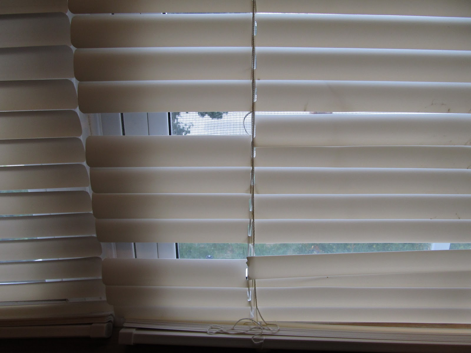 htm repair howstuffworks fix tips home and windows blind guidelines to a venetian how improvement blinds