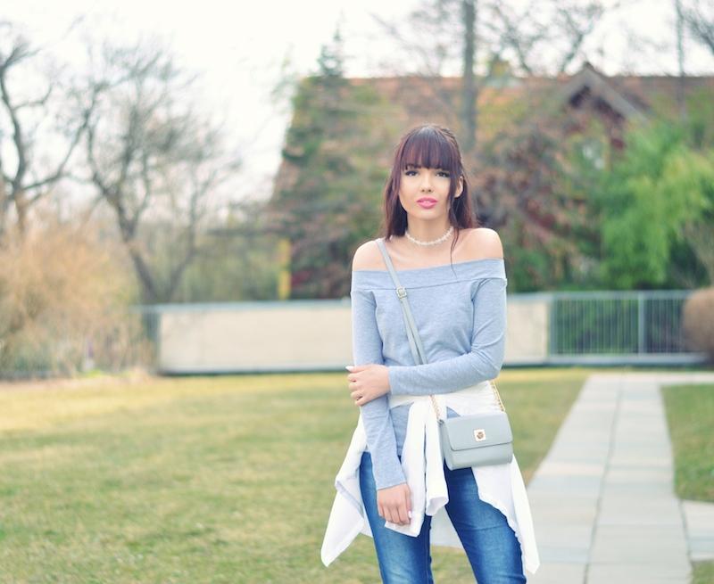 Off_Shoulder_Choker_Kette_Outfit_schulterfrei_blaue_Jeans