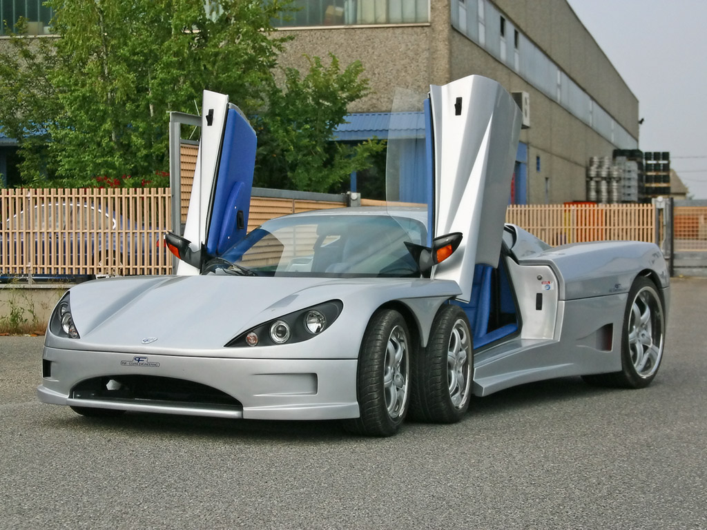 amazing stuffs covini c6w 4200 cc 6 wheel sport car. Black Bedroom Furniture Sets. Home Design Ideas