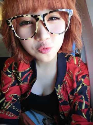 Yura Girl's Day Cute Dork