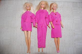 rosa barbiekläder av återbruk