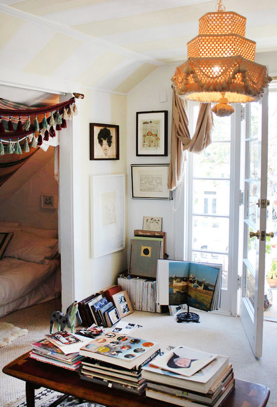 Relaxed And Chilled Bohemian Style Bedroom Via Pinterest Bohemian