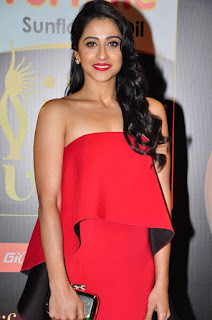 Actress Regina Candra Pictures in Red Dress at IIFA Utsavam Awards 2016  25282