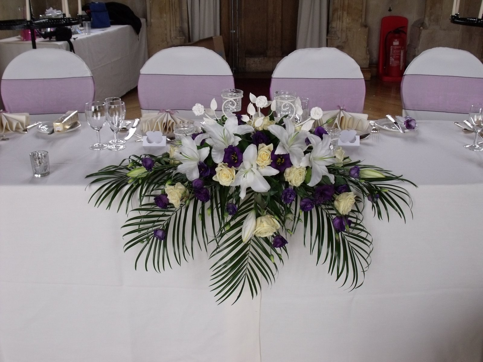 Party balloons 4 you wedding decorations at ashton court - Flowers for table decorations ...