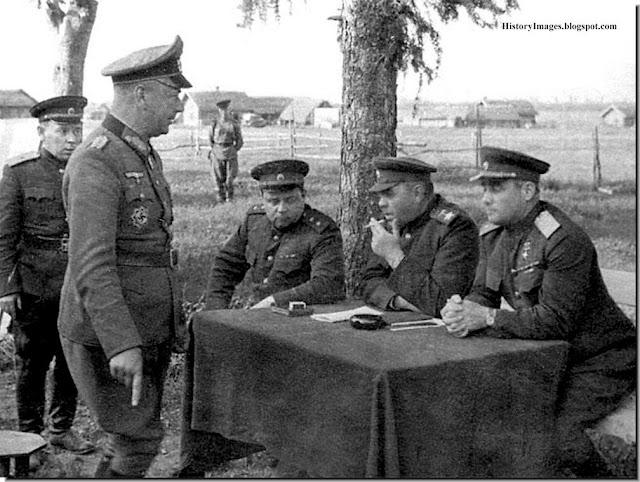Interrogation of a captured German officer
