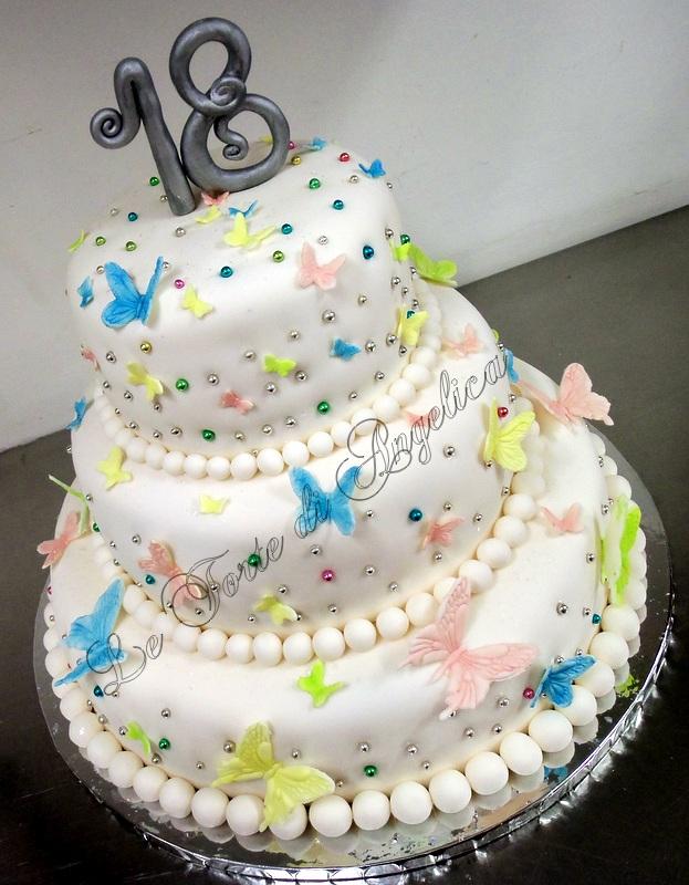 Emozioni in torte le torte di angelica la leggerezza dei for Torte 18 anni ragazzo