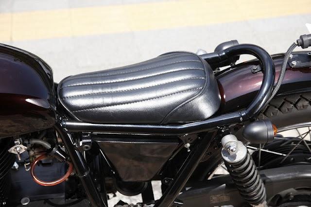 CAF   RACER 76  Heiwa Motorcycle   Kawasaki 250TR