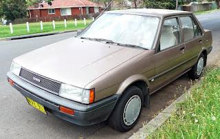 Mobil Sedan Corolla Generasi Kelima (1983-1987)