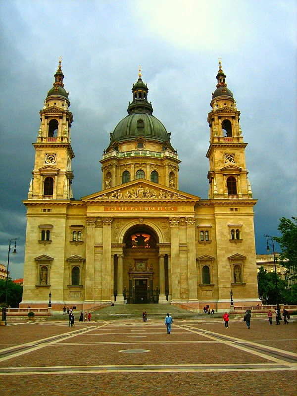Bazilika nedir