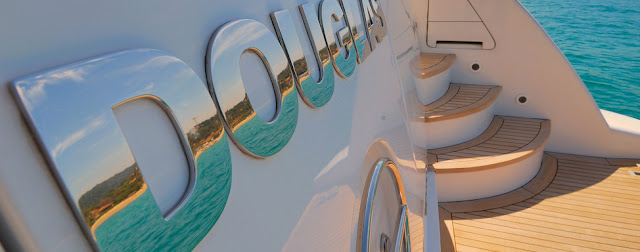 Luxury yacht rental in ibiza