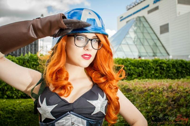 Женщина Капитан Америка