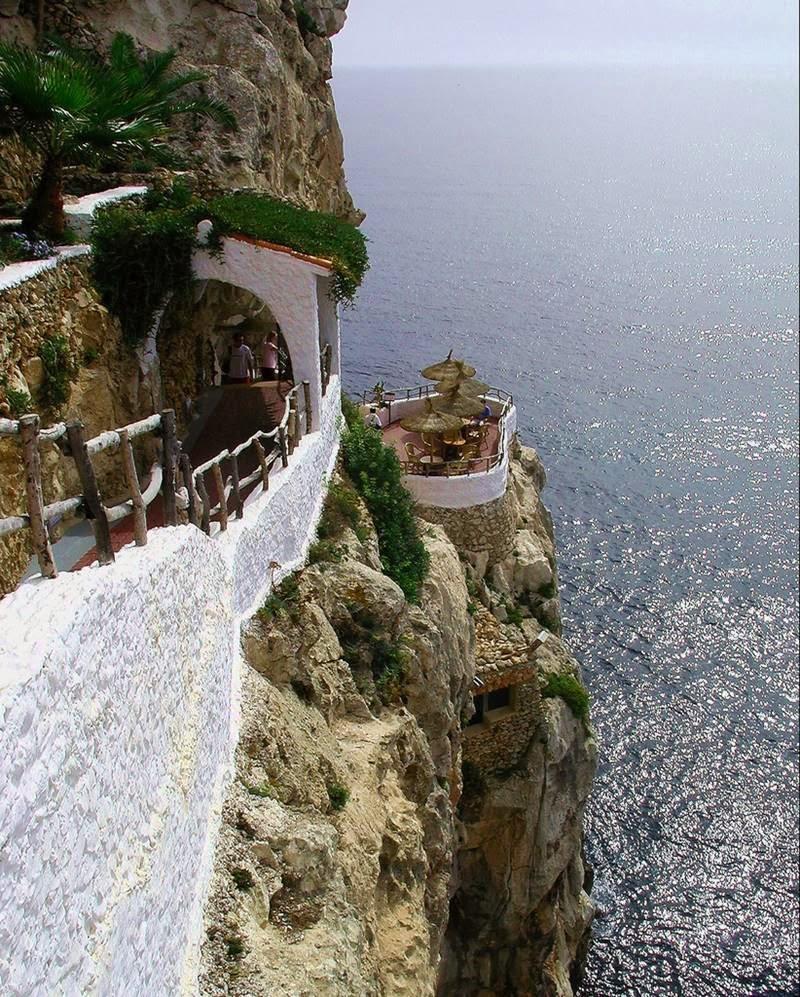 Rock Cave Restaurant | Cova d'en Xoroi