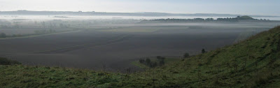 Vale of Pewsey, this autumn morning. Misty England.