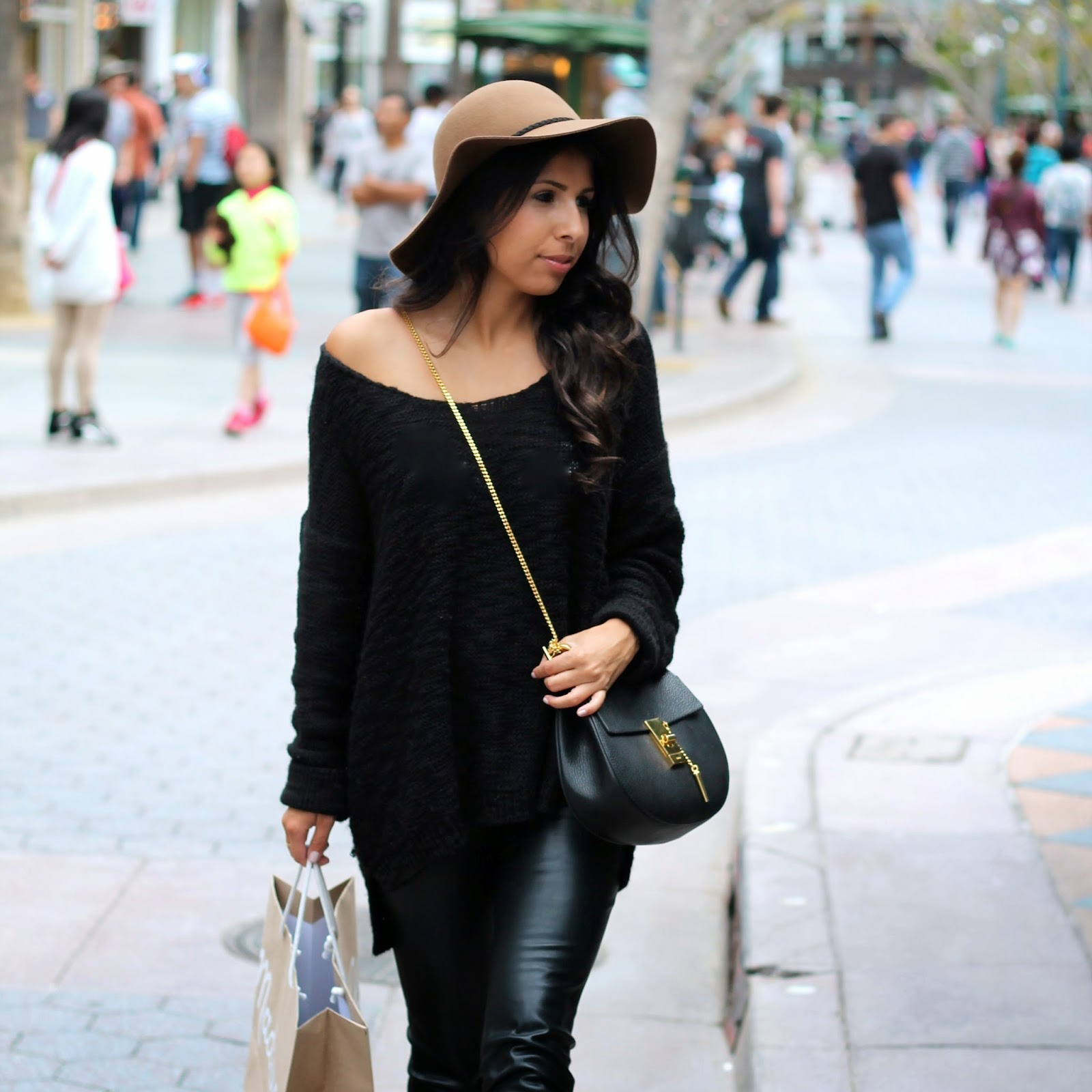 zara leather pants, rainy day shopping, chloe drew bag, what to wear shopping, how to wear hat, floppy hat