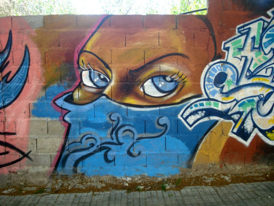 Resultado de imagen para imagenes de graffitis en la ciudad de montevideo