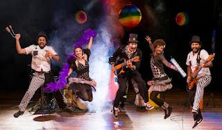 Banda Estralo no Teatro Sesc Ginastico