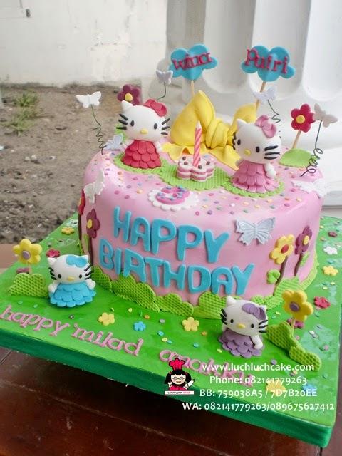 kue tart ulang tahun hello kitty