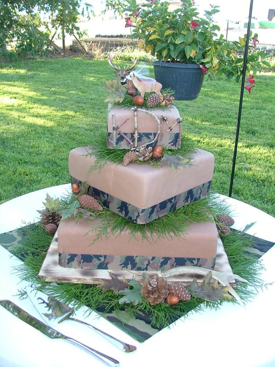 17 Best 1000 images about Wedding cakes on Pinterest Rustic country