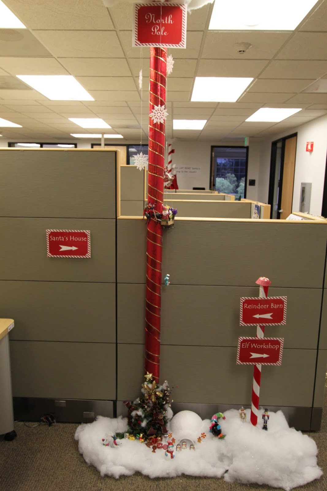 Model About Office Christmas Decorations On Pinterest  Diy Xmas Decorations