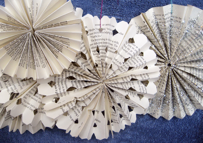 upcycled paper snowflakes - Book Page Decorations