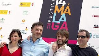 Equipo de la película Cinco metros cuadrados con Fernando Tejero y Malena Alterio en el Festival de Málaga