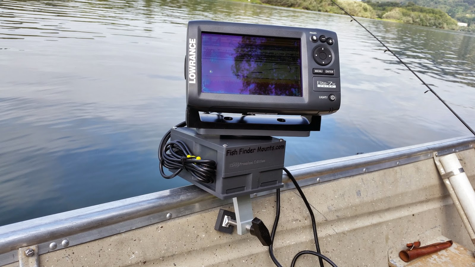 fish finder and transducer mounting solutions: a super fishfinder, Fish Finder