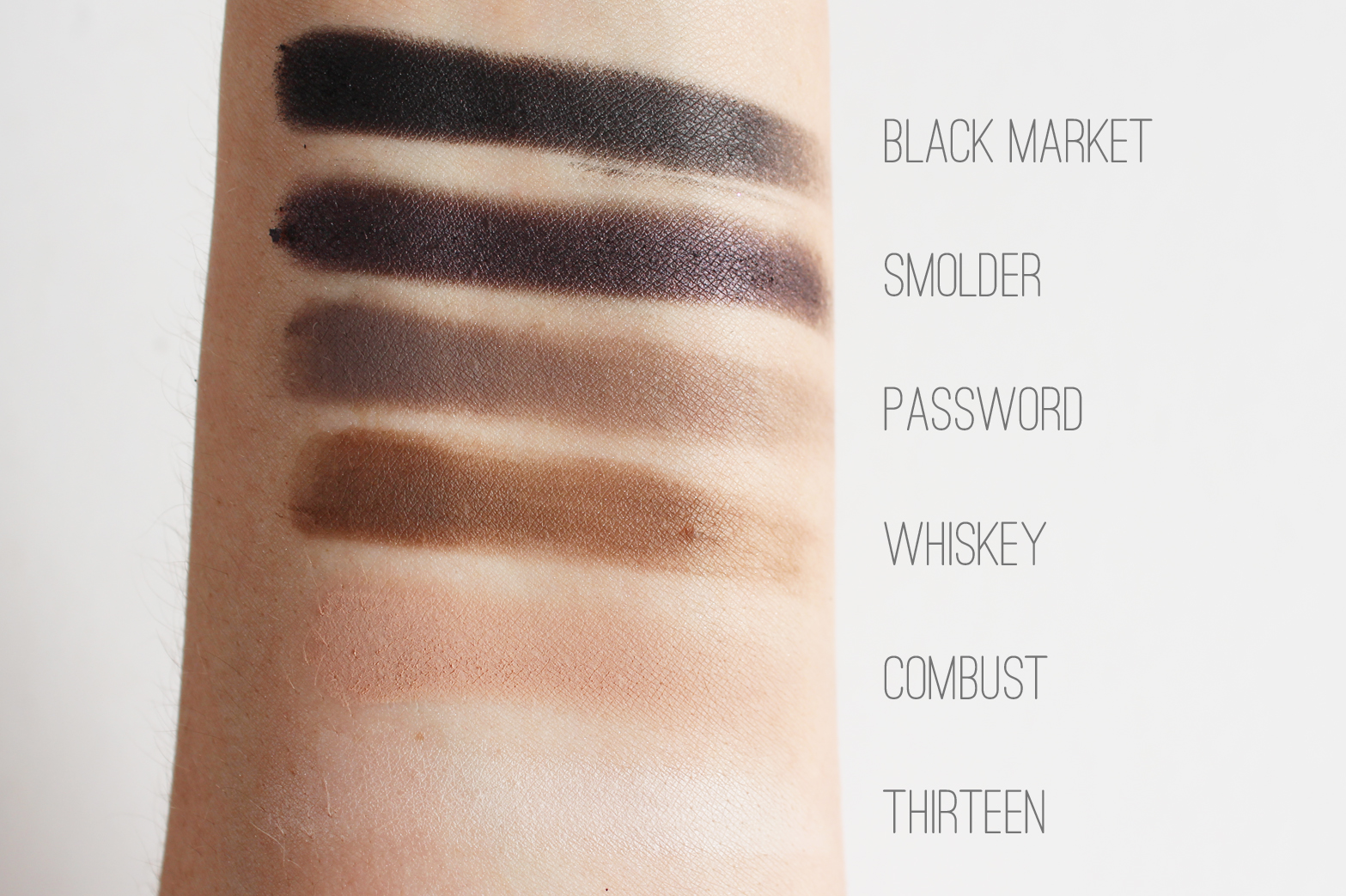 URBAN DECAY | Naked Smoky Palette - Review + Swatches - CassandraMyee