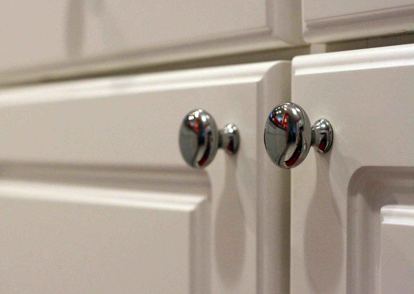 Kitchen CabiDoor Knobs Handles