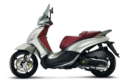 2012 Piaggio Beverly Sport Touring 350 Picture