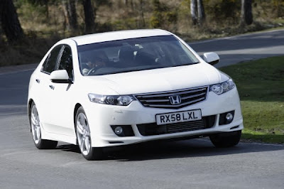 Honda UK  Honda powers up Accord range for 2012   2013 Best New