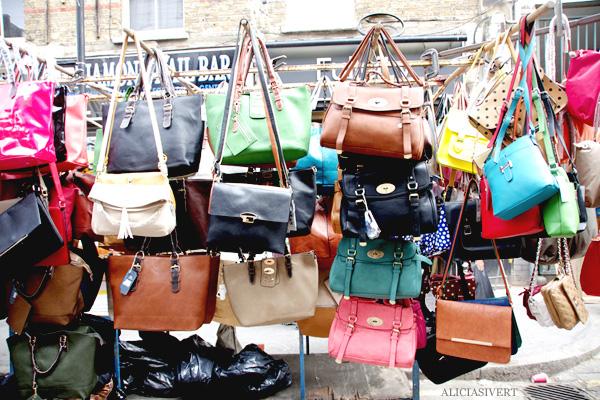 aliciasivert, alicia sivertsson, london med grabbarna, england, farringdon, market, bags, väskor, marknad
