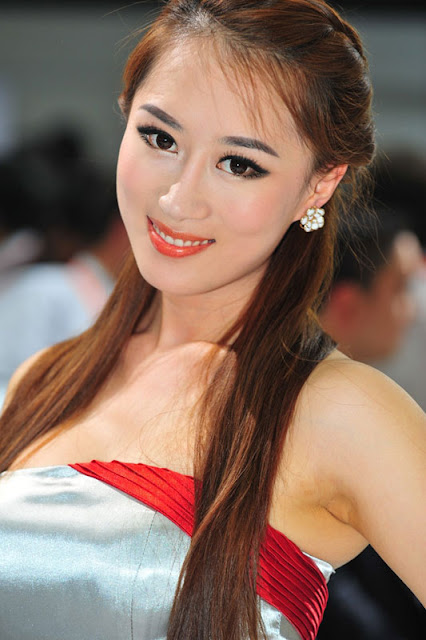 foto model cantik Auto show China 2012-12.jpg