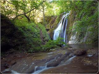 water fall scenery