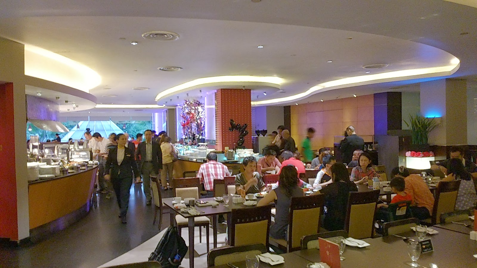 SuMMeR LoVes To Eat! Singapore Food Blog: Buffet Dinner at The Square