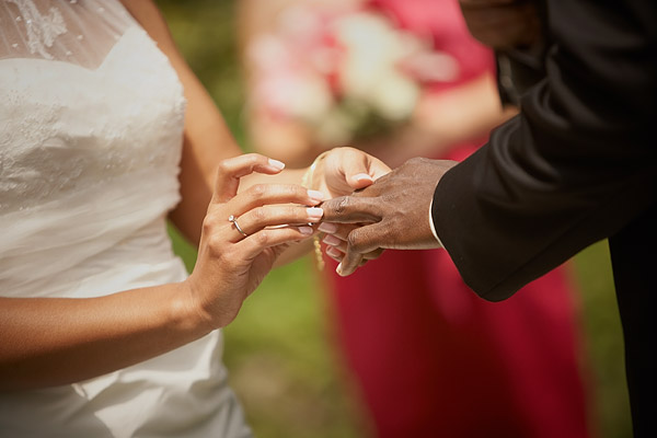 kirkbrae country club wedding: ring exchange