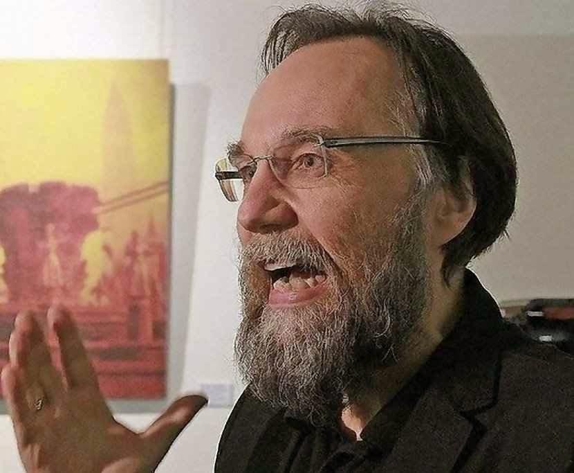 Aleksandr Dugin: povos inteiros que não entram em seus esquemas devem ser 'apagados', como a Polônia e a Ucrânia.