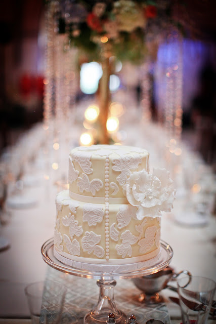 Vintage Lace Wedding Cake by Cocoa &amp; Fig