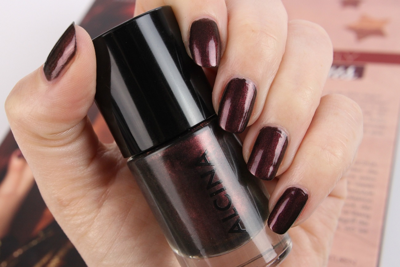 absolutely fabulous, alcina, beerentöne, bordeaux, festtage, herbst, lila, lippen, look, make-up, nagellack, party, review, silvester, swatches, tragebilder, trendlook, trends, weihanchten, winter