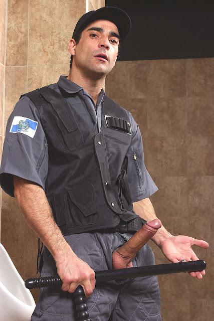 Quem Nao Tem Seus Fetiches Um Policial Ne