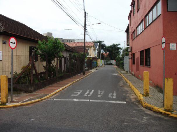 VEREADOR PEDE E SENTIDO DE RUA É ALTERADO