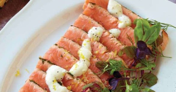 Salmon crostini with lemon creme fraiche recipe - All in one recipes