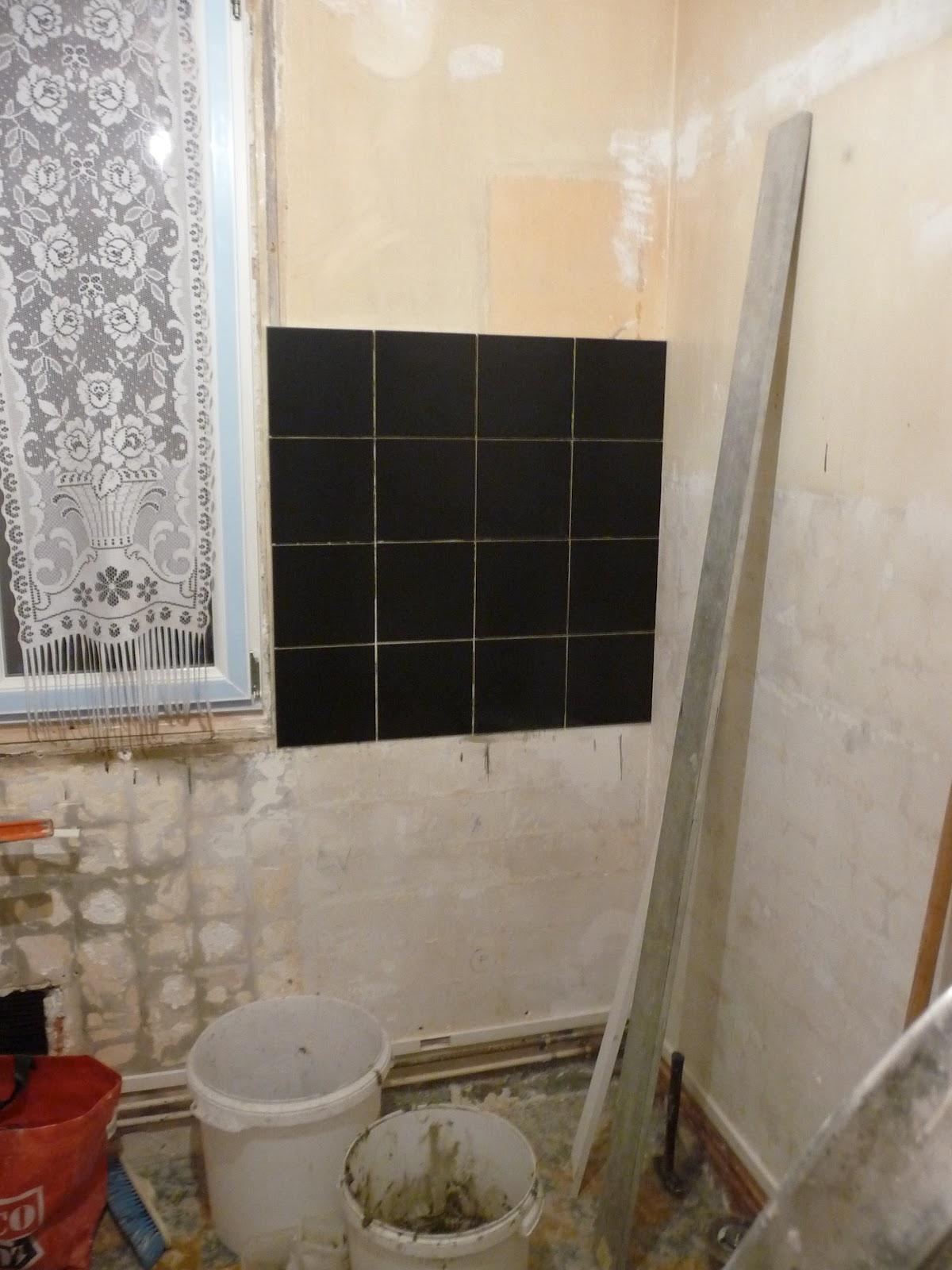 R novation d 39 un appartement carrelage mural cuisine for Renovation carrelage mural
