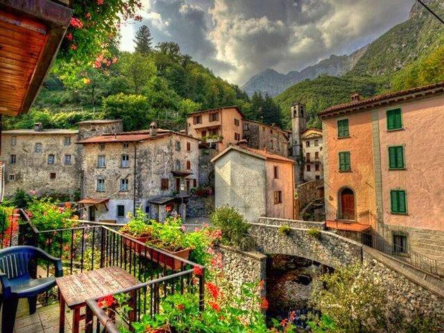 Vilarejo da Toscana: paisagem piu bella.