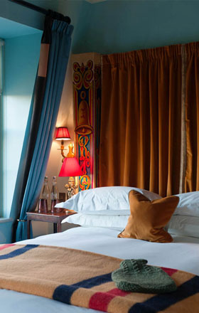 Something pretty on the side london guide boutique hotels for Boutique hotel design guidelines