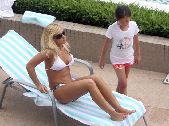 Free Pictures Kate Gosselin Bikini