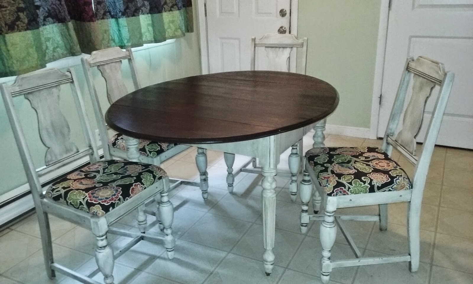 The Old Bluetick Hound -Furniture and More: Dining Table and Chairs