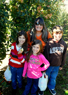 October+-+Apple+Picking+-+Me+with+Kids.jpg