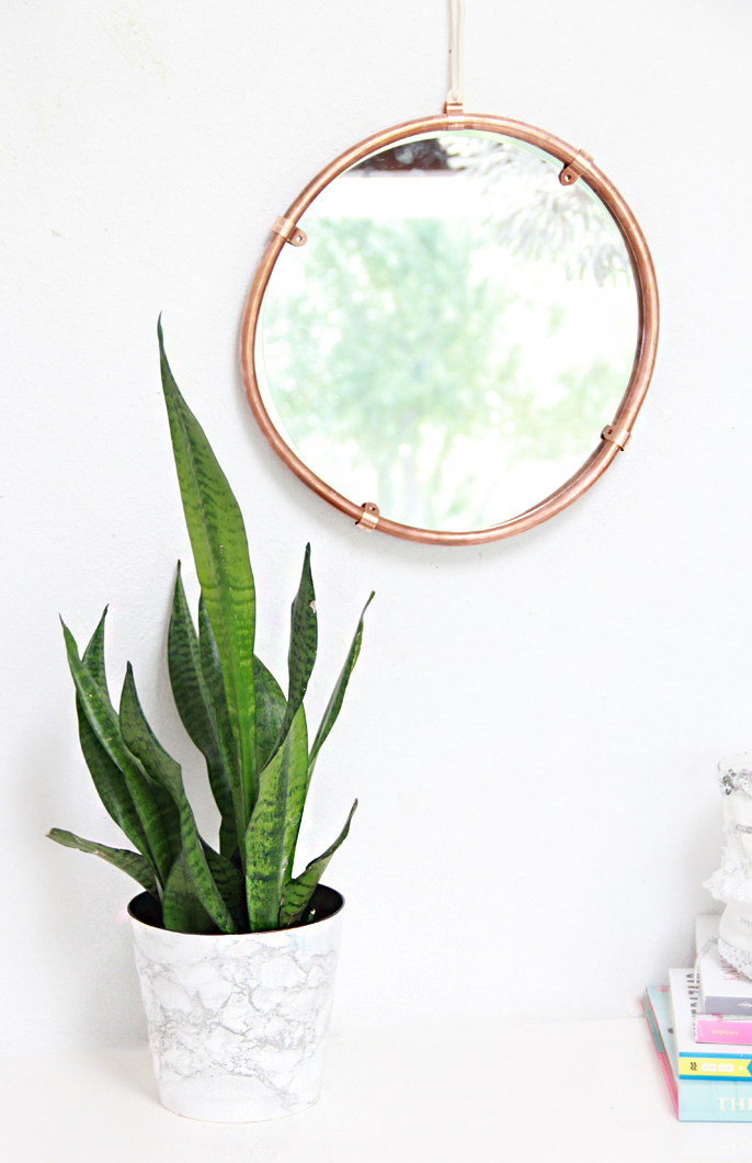 A Bubbly LifeDIY Copper Edged Mirror