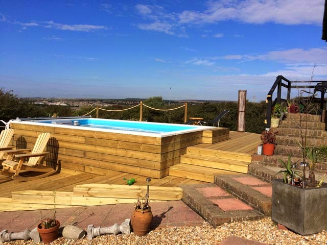 This Performance Endless Pool installation won the Gold for Best Above-Ground Pool, British Pool & Hot Tub Awards, for Home Counties Poos & Hot Tubs.
