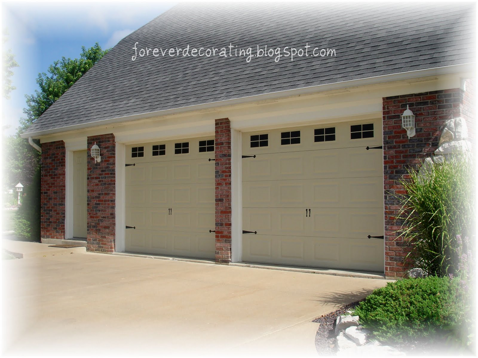Forever decorating carriage house garage doors guest post for carriage house garage doors guest post for remodelaholic solutioingenieria Images